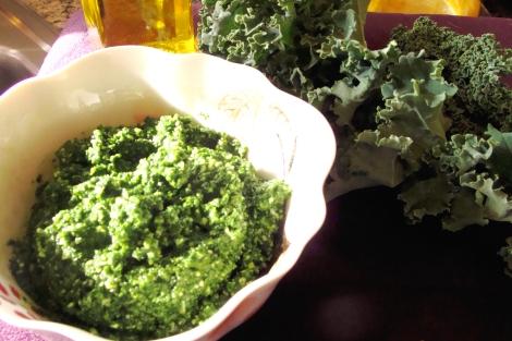 raw kale pesto